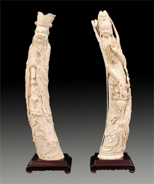 This pair of exquisitely carved Chinese antique ivory figures was sold as one lot for $45,000. Ahlers & Ogletree image.