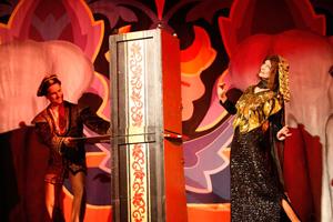 Le Grand David Spectacular Magic Show. Image courtesy of Kaminski Auctions.