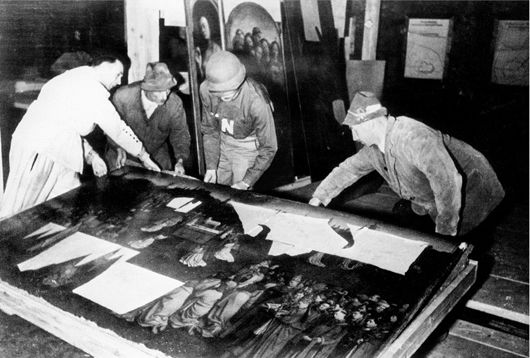 The Ghent Altarpiece recovered from the Altaussee salt mine, where it had been stored by Nazi Germany during World War II. Image courtesy of Wikimedia Commons.