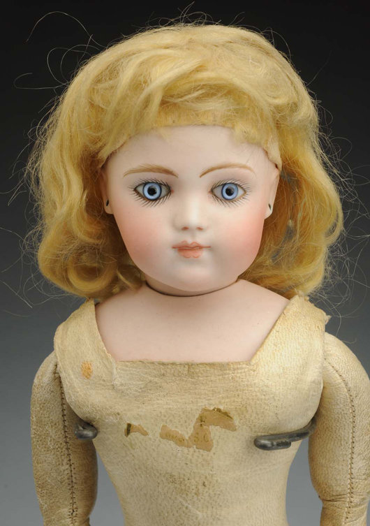 Bru Brevete doll, 13in., est. $12,000-$15,000. Morphy Auctions image.