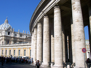 St. Peter's Square colonnades. Image by MarkusMark. This file is licensed under the Creative Commons Attribution-Share Alike 3.0 Unported license.