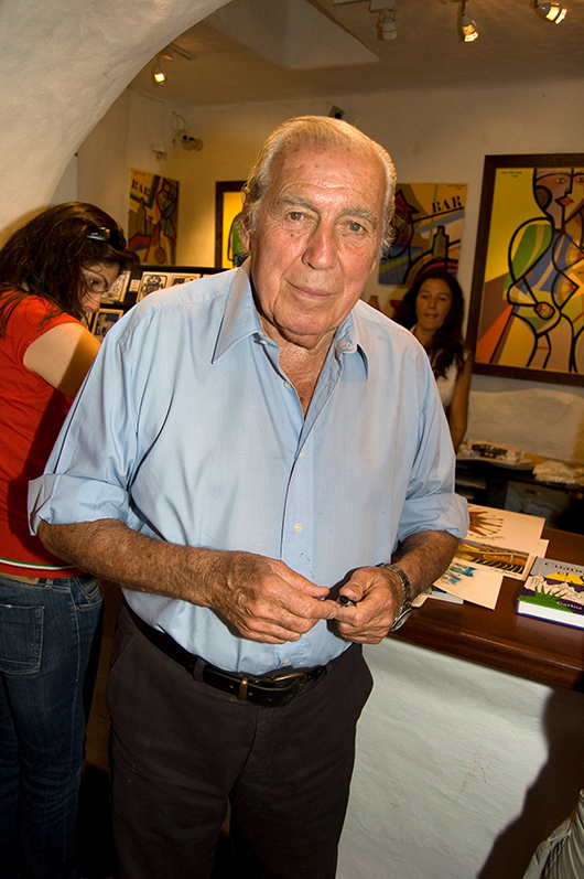 Uruguayan artist Carlos Paez Vilaro. Image by Wagner T. Cassimiro 'Aranha.' This file is licensed under the Creative Commons Attribution 2.0 Generic license.