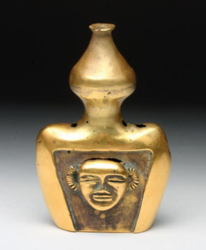 Lot 103B: Important quimbaya poporo gold vessel, 150 grams, circa A.D. 400-700. Estimate: $22,000-$25,000. Artemis Gallery LIVE image.