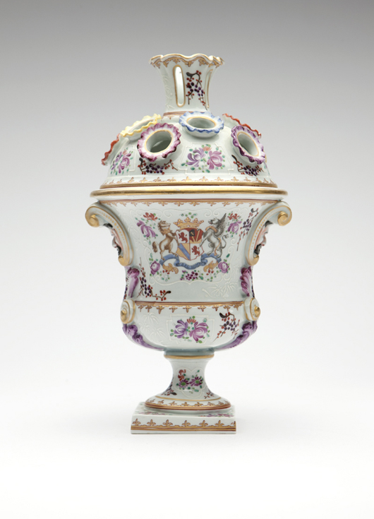 This highly decorated Samson porcelain Chinese export style vase is only one of many Continental porcelain pieces up grabs in the April 29 catalog. Estimate: $800-$1,200. John Moran Auctioneers image.