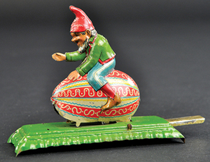 Meier Gnome on Egg articulated penny toy, 3in long, sold for $4,720. Bertoia Auctions image