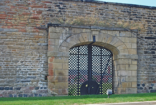 East side gate at the old Michigan State Prison in Jackson. Image by Andrew Jameson.This file is licensed under the Creative Commons Attribution-Share Alike 3.0 Unported license.