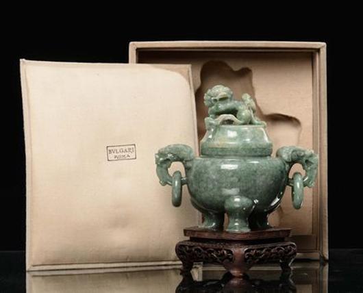 An emerald green jadeite incense burner and cover, China, Qing Dynasty, late 19th century, 14 cm high, 14.5 cm diameter, Bulgari collection in original box. Estimate: €40,000-60,000. Courtesy Cambi Genoa.