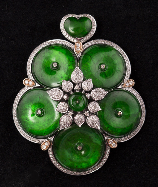 Green jadeite pendant with GIA certificate. Estimate: $14,000-$21,000. Linwoods Auctions image.