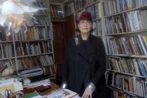 Helen Drutt. Image courtesy Rago Arts and Auction Center.