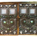 The top lot of the auction was this beautiful Moorish bronze jeweled fire screen attributed to Tiffany Studios. Price realized: $60,000. S & S Auction Inc. image.