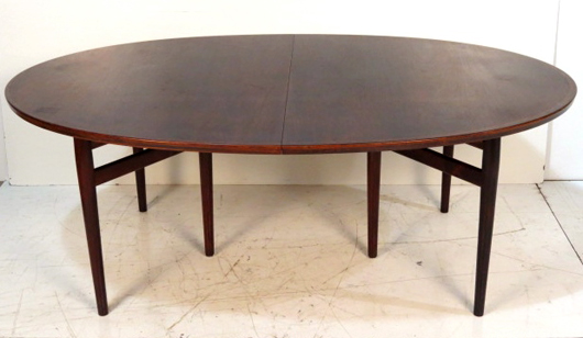Arne Vodder Danish Rosewood Oval Dining Table Missing A Few Mounting Screws But Still In