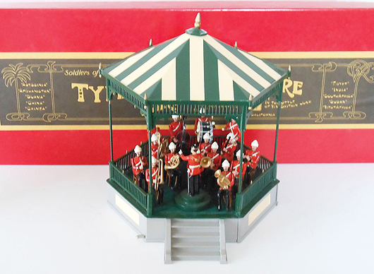 Hocker Band Stand, one of many newer production sets to be sold in the June 27th session. Old Toy Soldier Auctions image