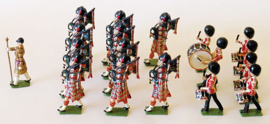 Britains 'special paint' band commissioned for H.R.H. the Duke of Gloucester, estimate $9,000-$12,000. Old Toy Soldier Auctions image