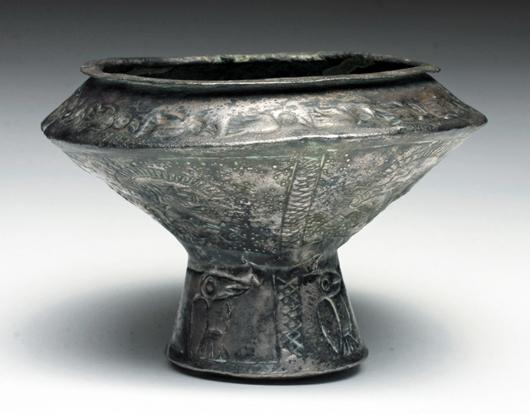 Chinese Warring States Period bronze ge, circa 5th century BCE. Est. $3,000-$4,000. Artemis Gallery image