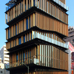 Asakusa Culture Tourist Information Center in Taito-ku, Tokyo, designed by Kengo Kuma. Image by Kakidai. This file is licensed under the Creative Commons Attribution-ShareAlike 3.0 Unported License.