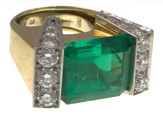 Important 9.0-carat emerald and diamond ring. Price realized: $30,680. Photo by Royce Bonta, Kodner Galleries.