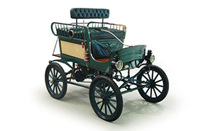 This 1902 Toledo Steam Runabout, like the one making the Flagstaff to Grand Canyon trip, was part of the well-known Chicago Museum of Science and Industry Collection in the early 1950s. Image courtesy of LiveAuctioneers.com Archives and RM Auctions.