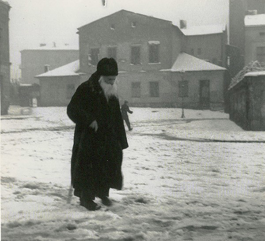 Roman Vishniac (1897-1990), 'Cracow,' gelatin silver print. Photographer's credit backstamp and titled 'Cracow' in Vishniac's hand on verso. Image courtesy of LiveAuctioneers.com Archive and Kestenbaum & Co.