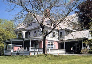 Sagamore Hill was Teddy Roosevelt's summer White House. The home is on the North Shore of Long Island near Oyster Bay. Image courtesy of http://www.theodore-roosevelt.com