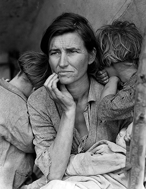 Dorothea Lange's 'Migrant Mother.' Image courtesy of Wikimedia Commons.
