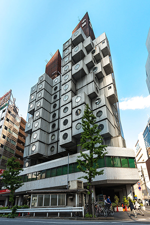 The Nakagin Capsule Tower in Tokyo. Image by Jordy Meow. This file is licensed under the Attribution-ShareAlike 3.0 Unported license.
