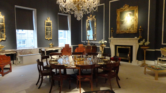 One of the elegant period rooms at Mallett's Ely House premises in Dover Street. Image Auction Central News.