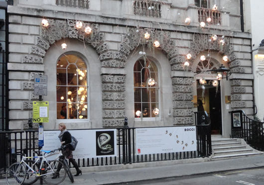 Ely House, the home of antique furniture dealers Mallett, showing a lighting installation by Canadian design firm Bocci. Image Auction Central News.