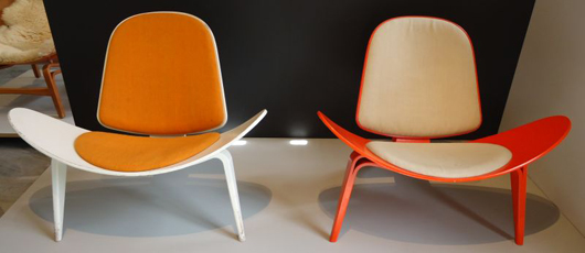 Eye-popping, yet simple in design: Wegner's Two-Part Shell Chair from 1963. Photo by Heidi Lux.