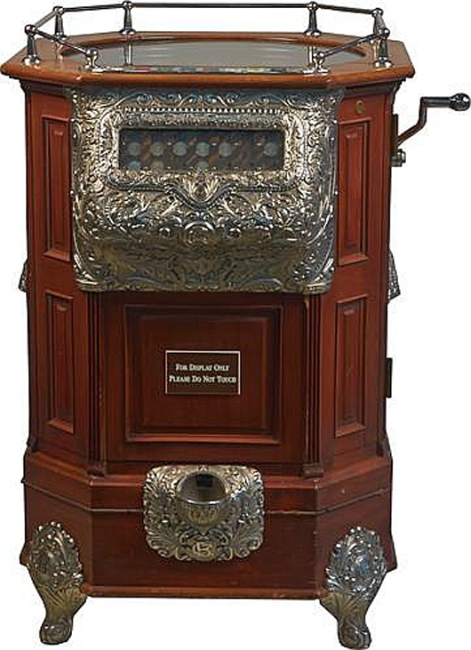 Caille 25-cent roulette floor machine, circa 1904, ex Harrah collection, top lot of the sale at $212,500. Morphy Auctions image