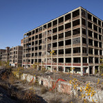 Ruins of the Packard plant in Detroit. Image by Albert Duce. This file is licensed under the Creative Commons Attribution-ShareAlike 3.0 Unported license.