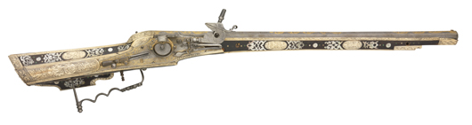 Fine and rare Nuremberg wheel-lock sporting carbine stocked by the so-called 'Master of the Castles,' circa 1600, 22 1/2-inch barrel. £25,000-30,000. Thomas Del Mar Ltd. image