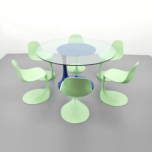 Rudi Bonzanini glass-top dining table with six lacquered fiberglass chairs, est. $15,000-$25,000. PBMA image