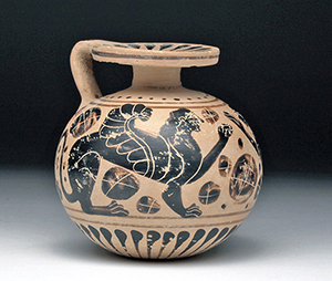 Exceptionally fine Greek Boeotian aryballos, circa 560 BCE. Est. $8,000-$12,000. Artemis Gallery image