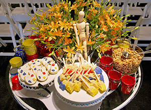 The catered luncheon included a dessert table with cookies shaped like artists' palettes, and Rice Krispy treats resembling paintbrushes dipped into paint. Palm Beach Modern Auctions image