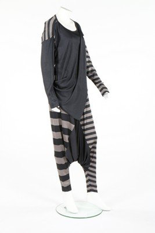 Issey Miyake knit ensemble. Image courtesy of LiveAuctioneers.com archive