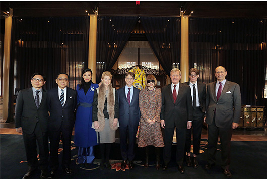 From left: Chen Zhang, Silas Chou, Wendi Murdoch, Emily Rafferty, Thomas P. Campbell, Anna Wintour, Max Baucus, Andrew Bolton and Maxwell K. Hearn. Metropolitan Museum of Art image
