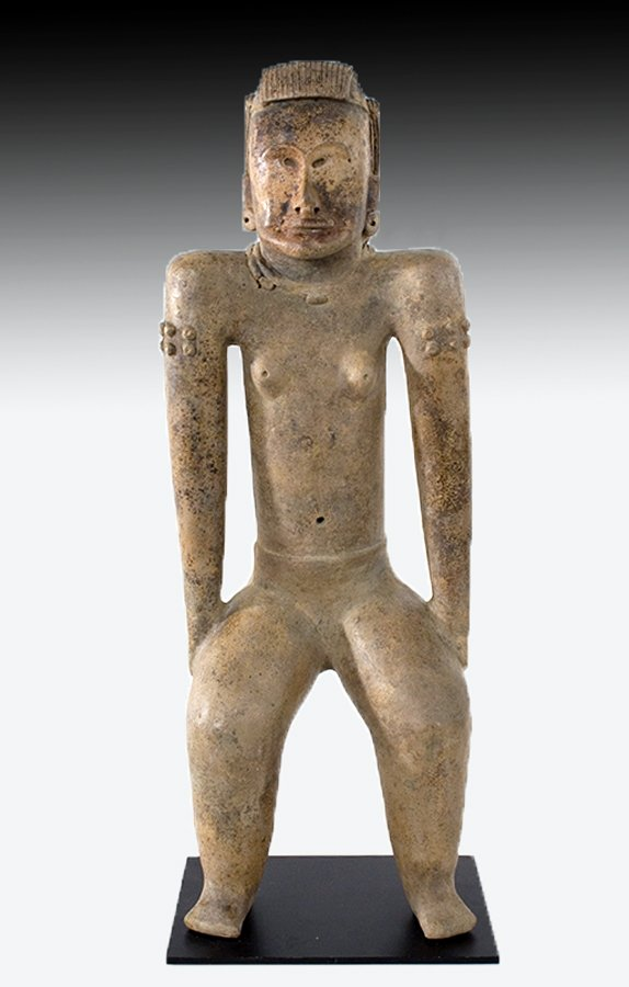 Pre-classic Veracruz figure of Venus, Remojada culture, circa 1250 BCE to 200CE, ex Tim Misenhimer collection, estimate $40,000-$50,000. Artemis Gallery image