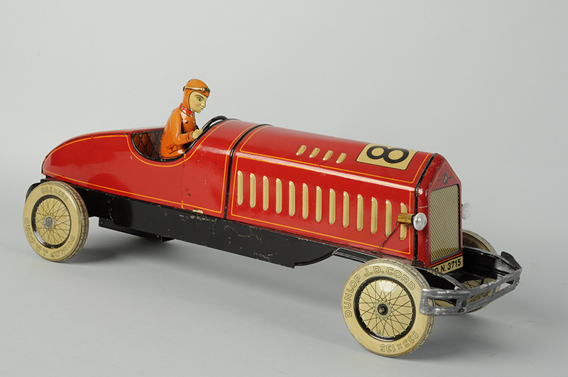 , Robot collectors 'spaced out' at Morphy's $1.62M toy auction