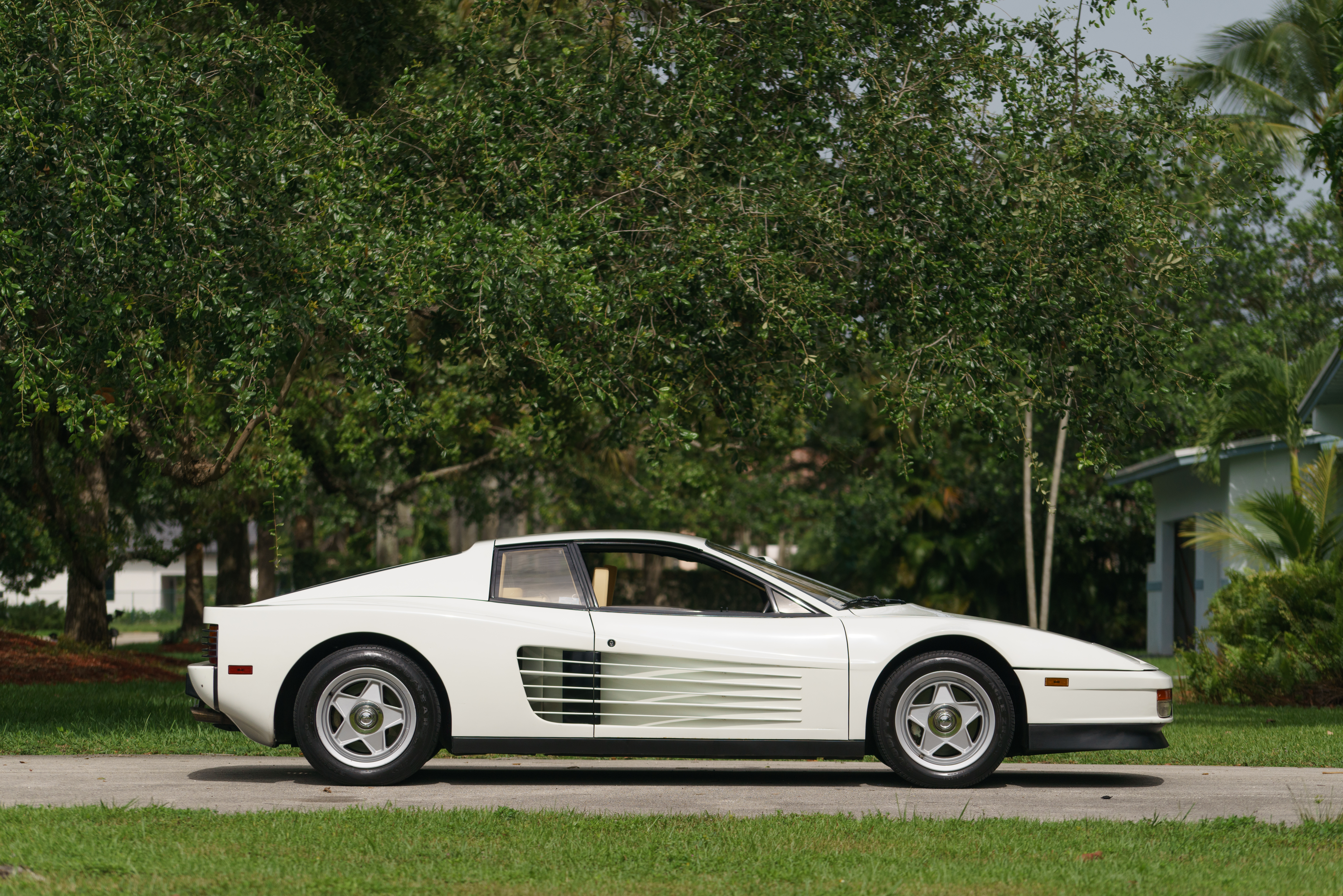 Miami Vice\' Ferrari ready for big score at Mecum Auctions event Aug. 15