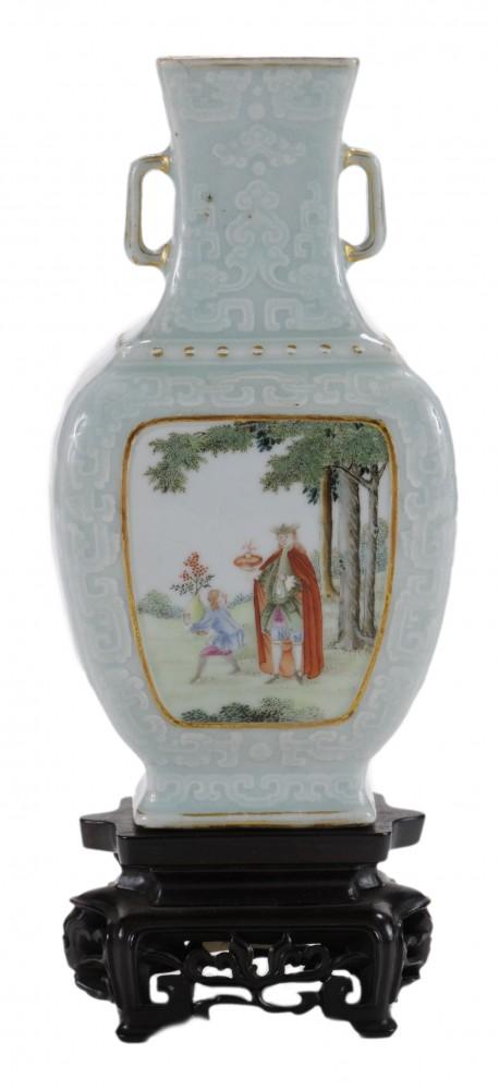 Chinese Qianlong vase