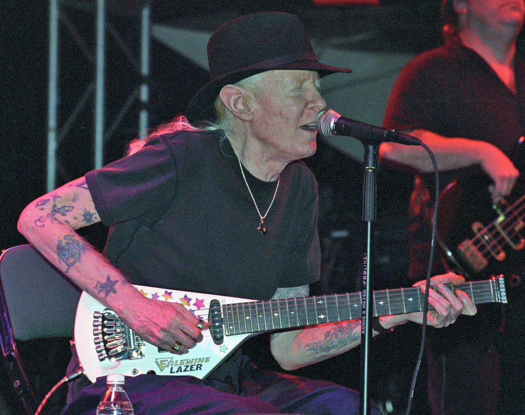 Auctions Archives Page 184 Of 570 Live Auctioneers Auction Electric Guitar Design Wikipedia The Free Encyclopedia Johnny Winter Performing On June 15 2007 Image By Chascar This File Is