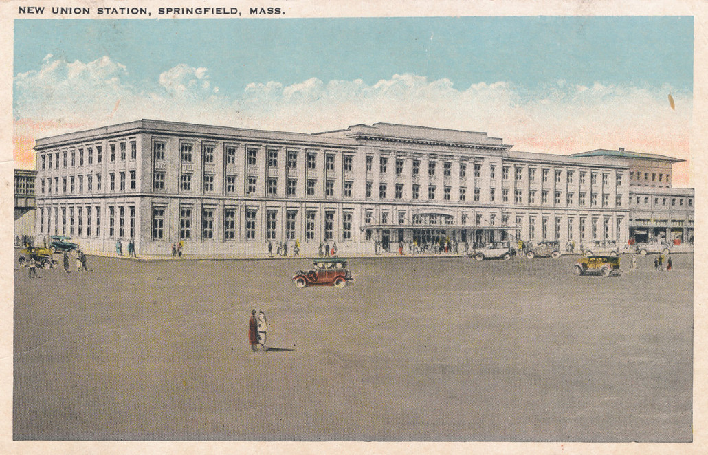 The Springfield News Co. published this postcard of the new Union Station when it opened in 1926. Image courtesy of Wikimedia Commons.