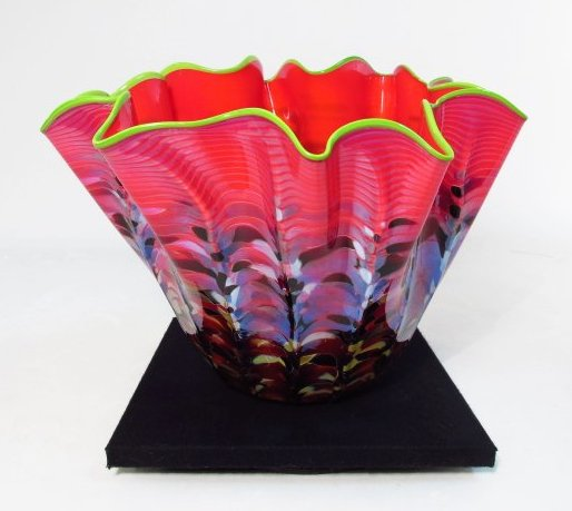 dale chihuly blown glass freeform bowl from the series 9 1