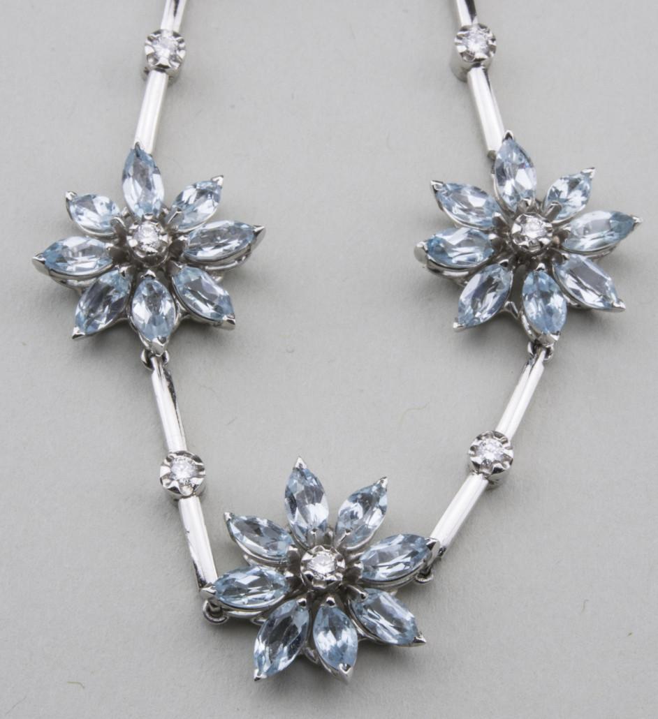Asprey Blue Topaz And Diamond Daisy Flower Necklace 18k White Gold 11 Flowers
