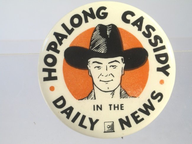 Pinback advertising the Hopalong Cassidy comic strip in a daily newspaper. Image courtesy of American Antique Auctions