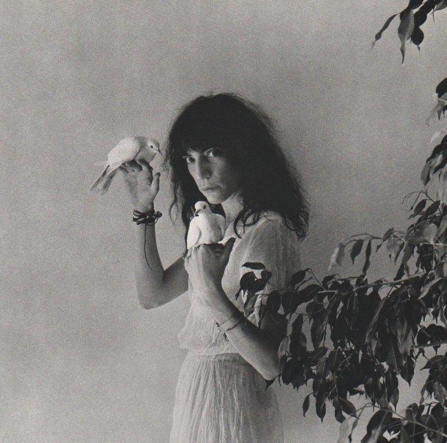 Robert Mapplethorpe, 'Patti Smith, 1979.' Sheet-fed copper plate gravure. Printed in 1985. Estimate: $50-$120. Jasper52 image