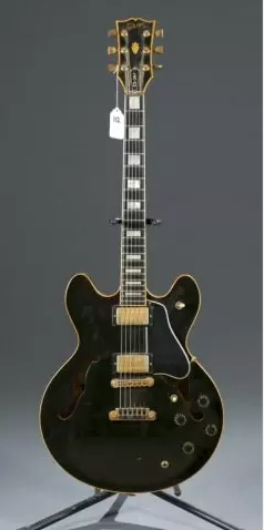 Gibson ES-347 hollow-body electric guitar, circa 1981, Serial #81001034, est. $2,000-$2,500