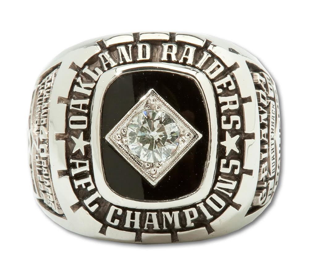 Blanda's 1967 Oakland Raiders AFL Championship ring.
