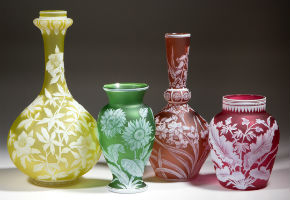 Jeffrey Evans has colorful gathering of glass, fine art in auction Oct. 15