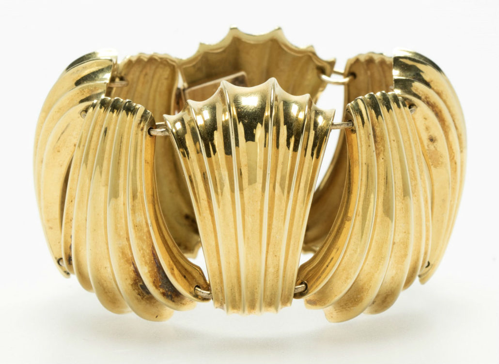 This stunning 18K yellow gold shell-form link bracelet by Cartier is featured in Moran's Dec. 6 catalog with an estimate of $4,000-$6,000. John Moran Auctioneers image